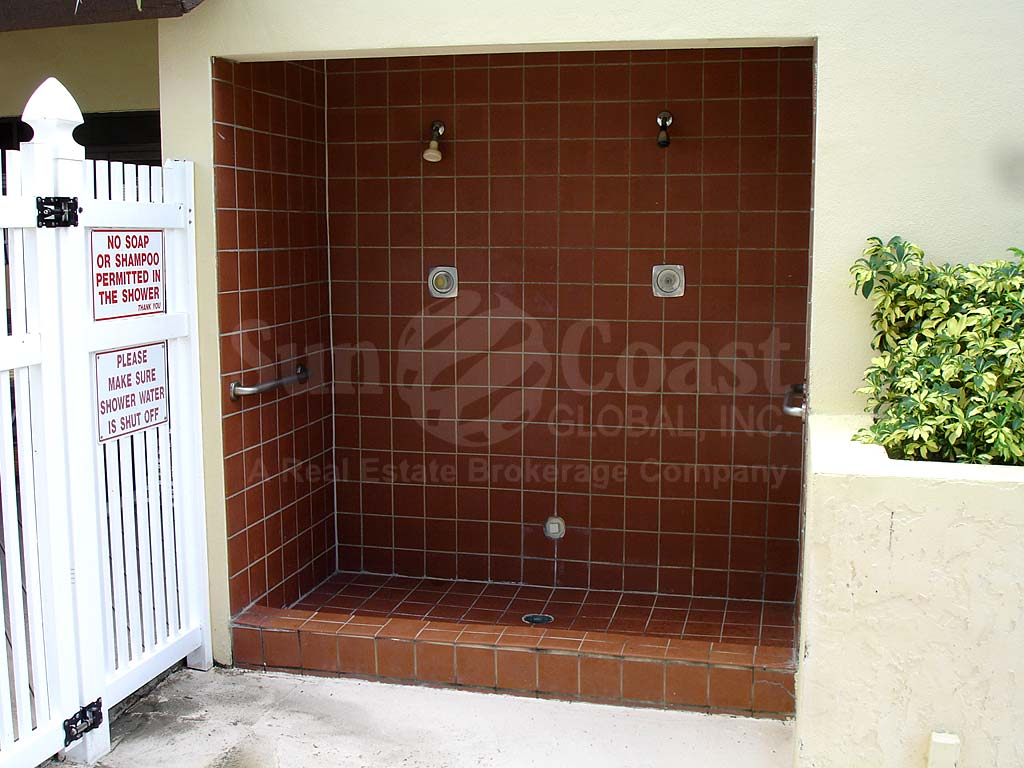 Courtyards North Community Pool Showers